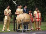015: Zajímavé vystoupení připravili čínští kluci a děvčata (2)