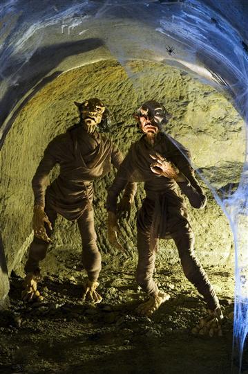 Podzem� nab�dne tajemnou prohl�dku
